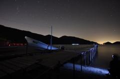 夜の支笏湖