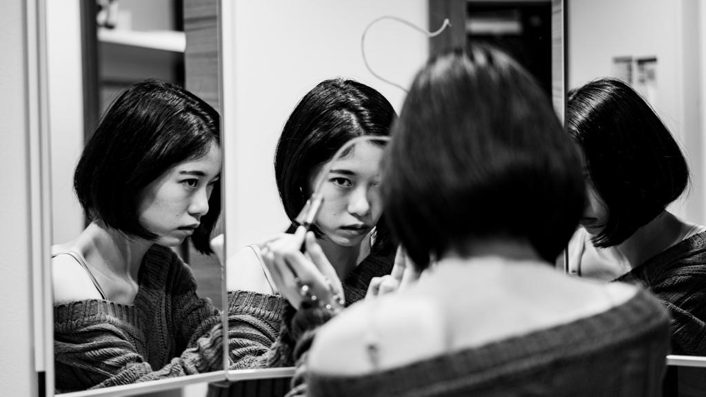 鏡の中のSHIHO