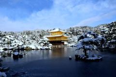 白雪景の金閣寺