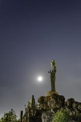 「月観音」
