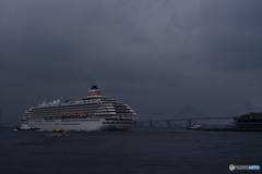 港横浜の雰囲気漂う