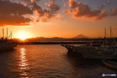 レンガ焼けの漁港