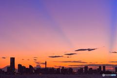 日没後の光芒