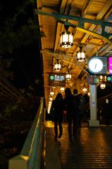 夕刻の京都、嵐山駅