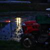 日暮れトラクター