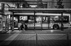バス停の風景