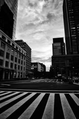 夕暮れ東京ストリート