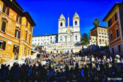 スペイン広場でローマの休日はすごせない