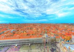 ヴェネチアを見下ろし