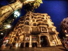 <スペイン>ガウディの建築物 カサ・ミラ(ミラ邸)