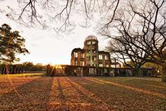 原爆ドームの夕景 フレア
