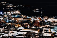 ミコノス島の夜