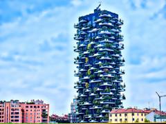 旅の途中の不思議なビル イタリア