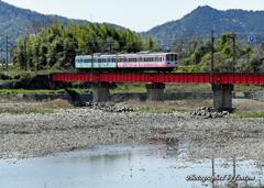右に近江鉄道