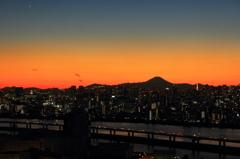 東京山脈と富士山 高さ115Mからの夕景#5