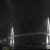 吹雪の中での新湊大橋