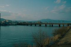 琵琶湖に架かる鉄橋