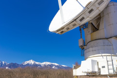 電波望遠鏡と八ヶ岳