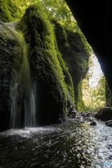 シワガラの滝