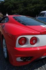 炎天下、赤いフェラーリ 4-1「テールランプ」