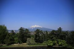 弘前城から眺める津軽富士