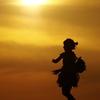 夕日と踊る