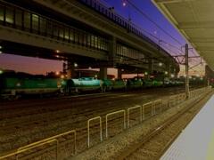 あるJR駅の風景/iphoneスケッチ・16