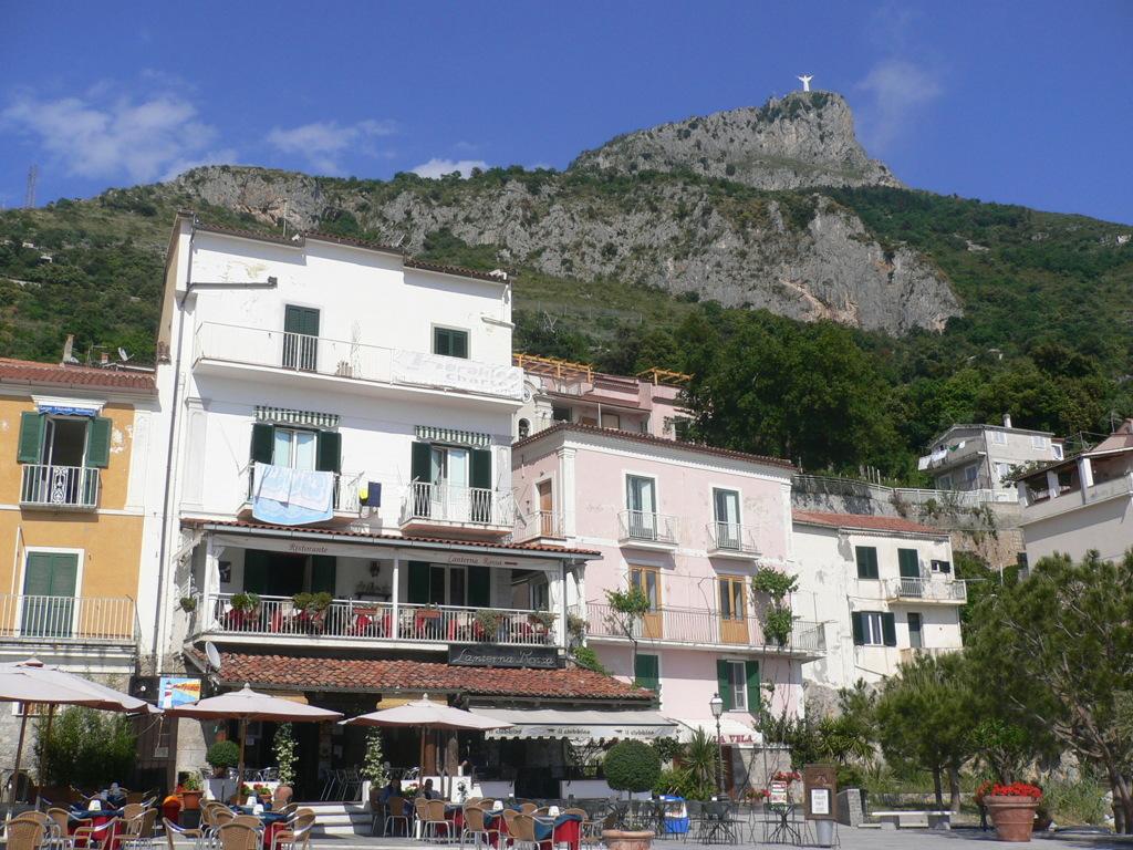 イタリア旅日記:南イタリア3:マラテア海岸2