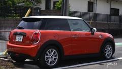 写真エッセイ:The red car