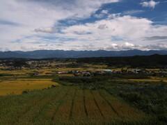 蕎麦と連山