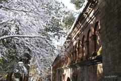 水路閣の雪