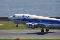 ANAウイングス(JA8596)737-54K@セントレア