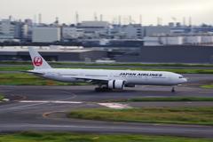 JAL(JA737J)777-346ER@羽田
