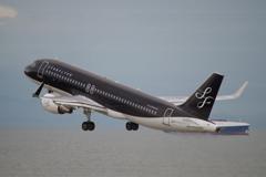 スターフライヤー(JA24MC)A320-214@セントレア