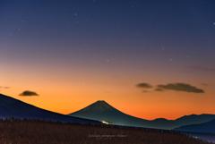 Morning glow of the Mt. Fuji