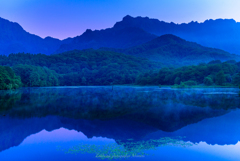 鏡池<夜明け前>