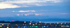 夕暮れ時の空港