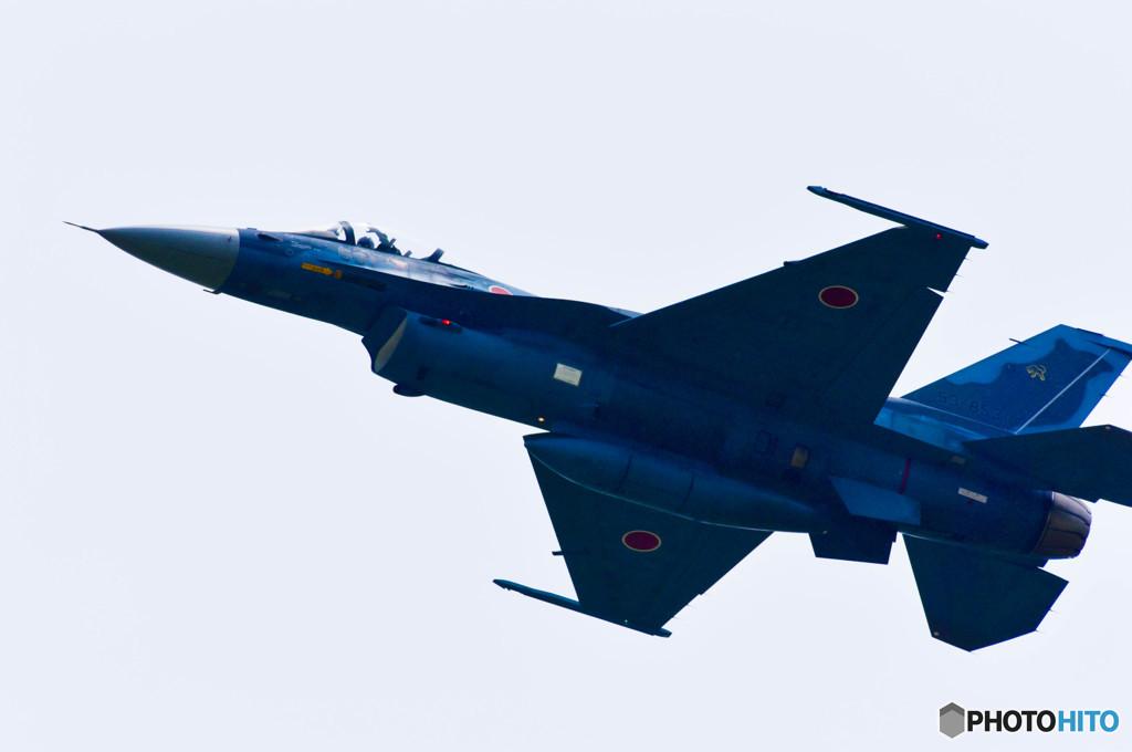 戦闘機 F2