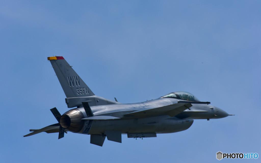戦闘機 F16