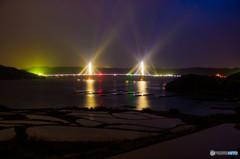 棚田と鷹島大橋