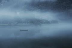 霧とともに