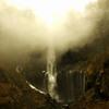 瀑布の御光