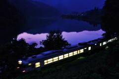 只見鉄道の夜