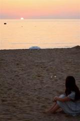 浜辺の少女2