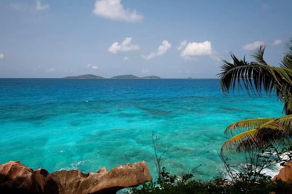 ラディーグ島の海