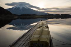 朝陽逆さ富士