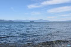 湖畔の散歩・大きい琵琶湖