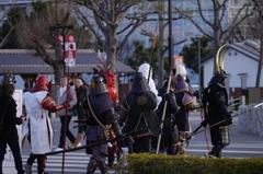 武士達のお通りだ。