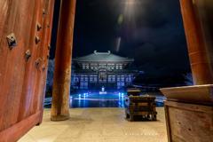 瑠璃色の東大寺