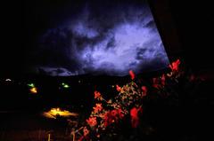 スイスの真夜中の空